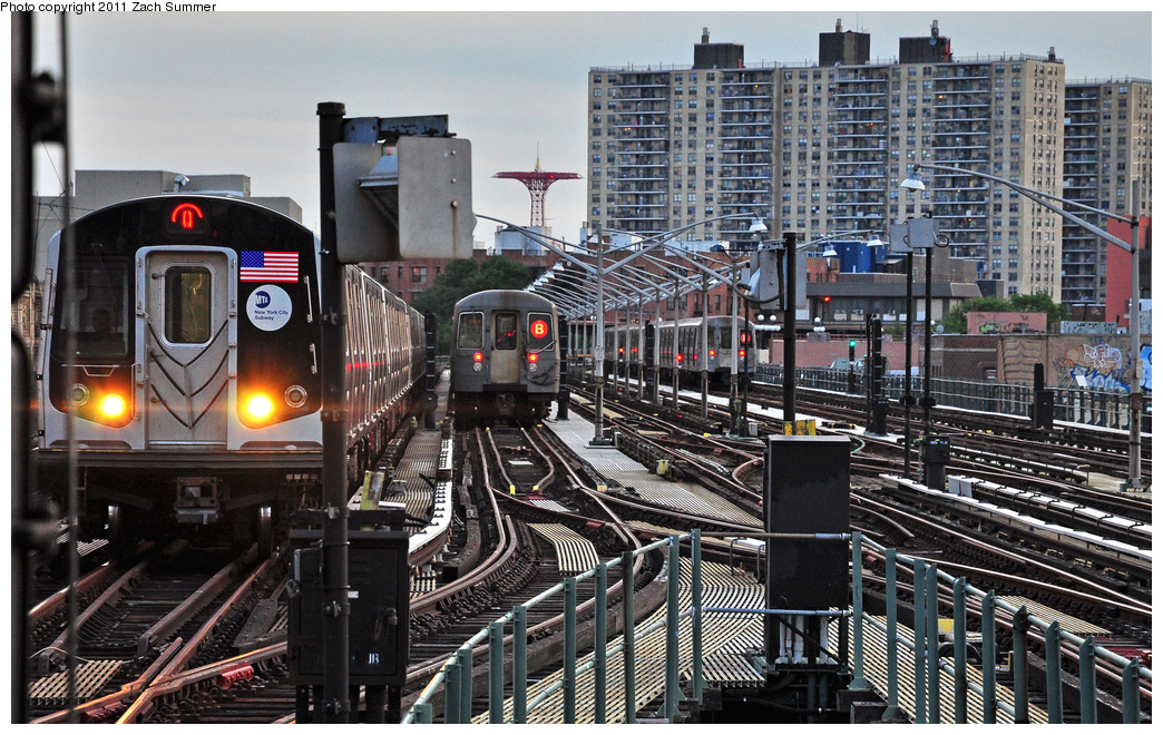 (466k, 1044x660)<br><b>Country:</b> United States<br><b>City:</b> New York<br><b>System:</b> New York City Transit<br><b>Line:</b> BMT Brighton Line<br><b>Location:</b> Brighton Beach <br><b>Route:</b> Q<br><b>Car:</b> R-160A/R-160B Series (Number Unknown)  <br><b>Photo by:</b> Zach Summer<br><b>Date:</b> 7/27/2011<br><b>Notes:</b> R160B Q / R68A  B Layup<br><b>Viewed (this week/total):</b> 3 / 739