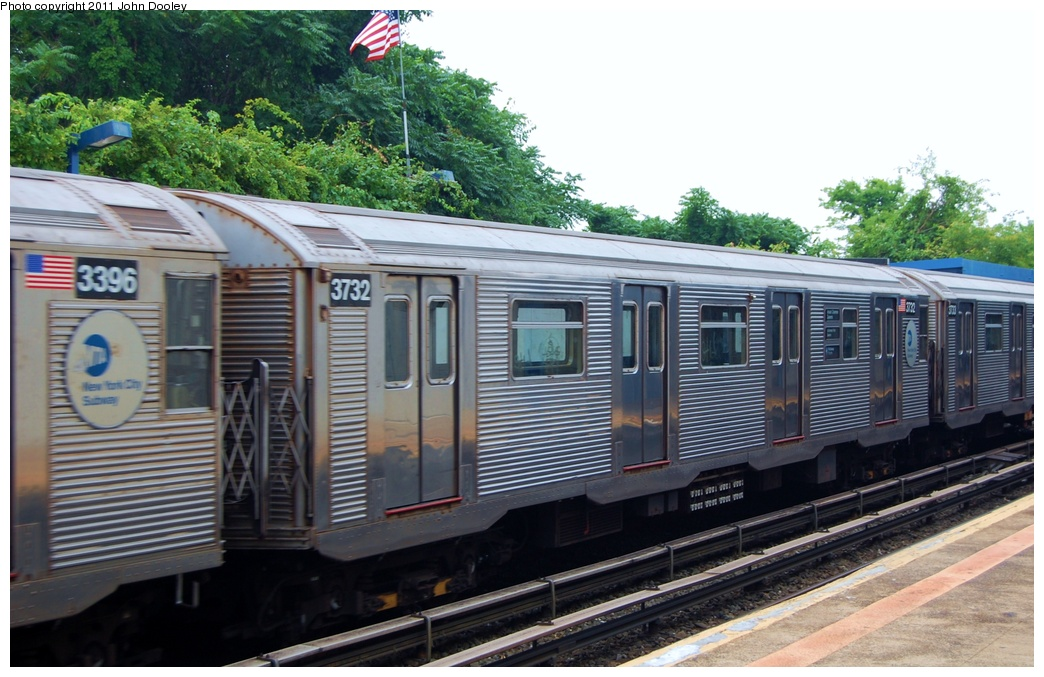 (311k, 1044x677)<br><b>Country:</b> United States<br><b>City:</b> New York<br><b>System:</b> New York City Transit<br><b>Line:</b> IND Rockaway<br><b>Location:</b> Broad Channel <br><b>Route:</b> A<br><b>Car:</b> R-32 (Budd, 1964)  3732 <br><b>Photo by:</b> John Dooley<br><b>Date:</b> 7/24/2011<br><b>Viewed (this week/total):</b> 1 / 196