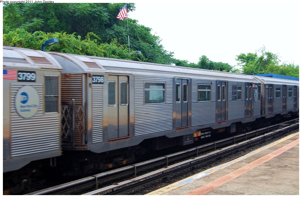 (328k, 1044x684)<br><b>Country:</b> United States<br><b>City:</b> New York<br><b>System:</b> New York City Transit<br><b>Line:</b> IND Rockaway<br><b>Location:</b> Broad Channel <br><b>Route:</b> A<br><b>Car:</b> R-32 (Budd, 1964)  3798 <br><b>Photo by:</b> John Dooley<br><b>Date:</b> 7/24/2011<br><b>Viewed (this week/total):</b> 1 / 128