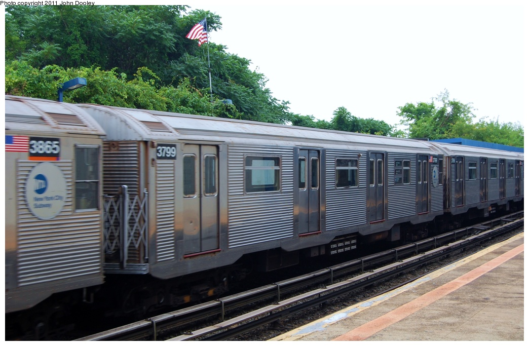 (308k, 1044x683)<br><b>Country:</b> United States<br><b>City:</b> New York<br><b>System:</b> New York City Transit<br><b>Line:</b> IND Rockaway<br><b>Location:</b> Broad Channel <br><b>Route:</b> A<br><b>Car:</b> R-32 (Budd, 1964)  3799 <br><b>Photo by:</b> John Dooley<br><b>Date:</b> 7/24/2011<br><b>Viewed (this week/total):</b> 2 / 400