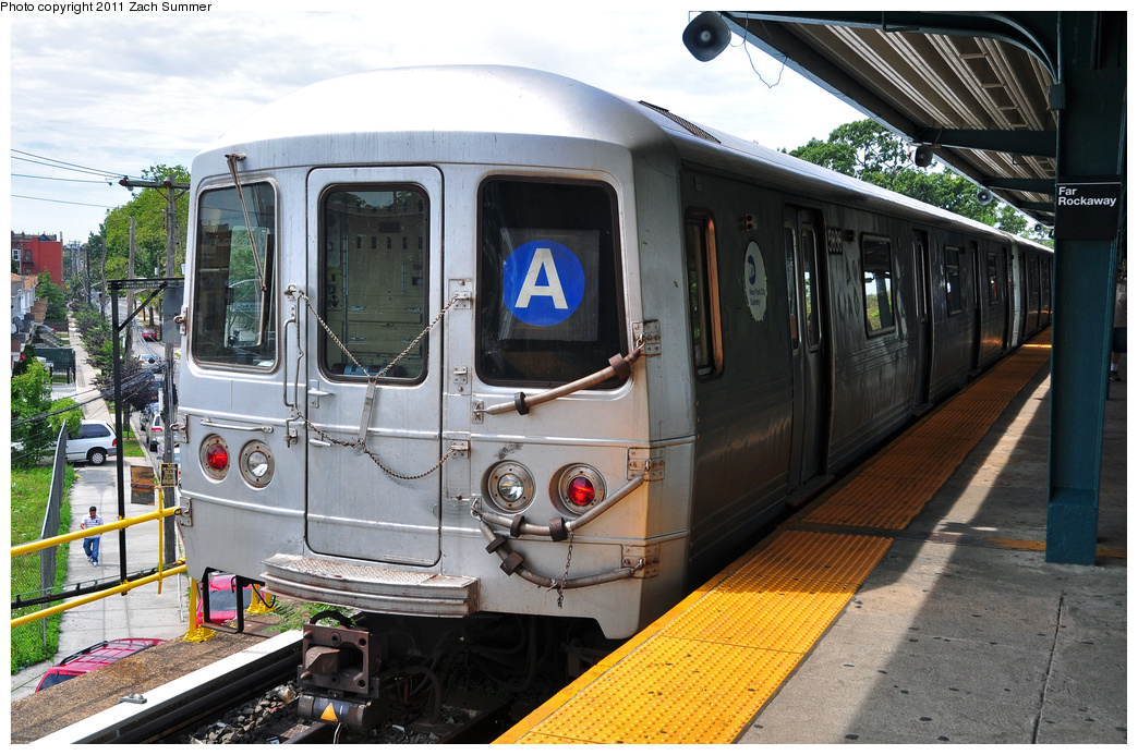 (414k, 1044x693)<br><b>Country:</b> United States<br><b>City:</b> New York<br><b>System:</b> New York City Transit<br><b>Line:</b> IND Rockaway<br><b>Location:</b> Mott Avenue/Far Rockaway <br><b>Route:</b> A<br><b>Car:</b> R-46 (Pullman-Standard, 1974-75) 5836 <br><b>Photo by:</b> Zach Summer<br><b>Date:</b> 7/28/2011<br><b>Viewed (this week/total):</b> 11 / 423