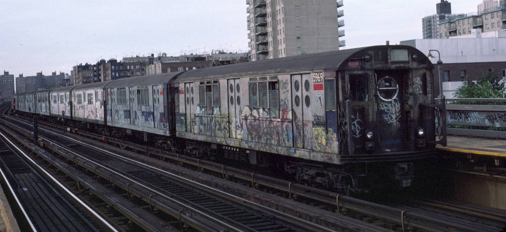 (71k, 1000x459)<br><b>Country:</b> United States<br><b>City:</b> New York<br><b>System:</b> New York City Transit<br><b>Line:</b> IRT West Side Line<br><b>Location:</b> 238th Street <br><b>Route:</b> 1<br><b>Car:</b> R-15 (American Car & Foundry, 1950) 5969 <br><b>Photo by:</b> Robert Callahan<br><b>Date:</b> 10/14/1984<br><b>Viewed (this week/total):</b> 4 / 787