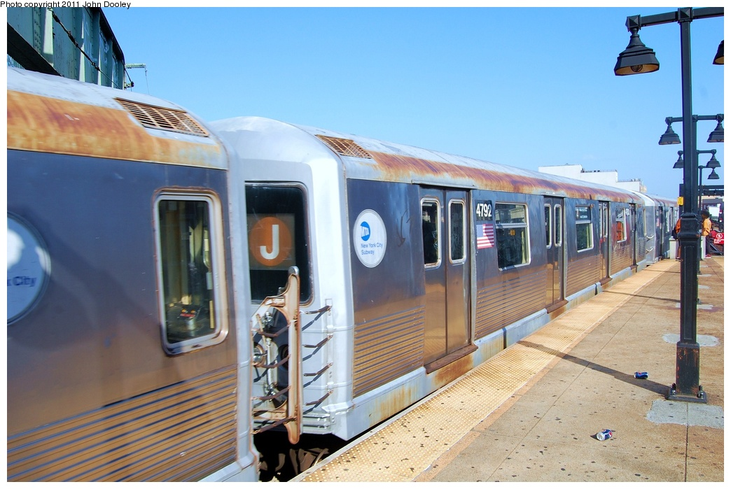 (309k, 1044x699)<br><b>Country:</b> United States<br><b>City:</b> New York<br><b>System:</b> New York City Transit<br><b>Line:</b> BMT Nassau Street/Jamaica Line<br><b>Location:</b> Broadway/East New York (Broadway Junction) <br><b>Car:</b> R-42 (St. Louis, 1969-1970)  4792 <br><b>Photo by:</b> John Dooley<br><b>Date:</b> 8/17/2011<br><b>Viewed (this week/total):</b> 4 / 646