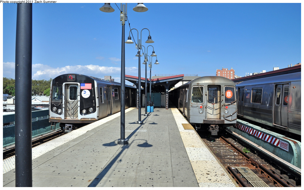 (345k, 1044x651)<br><b>Country:</b> United States<br><b>City:</b> New York<br><b>System:</b> New York City Transit<br><b>Line:</b> BMT Brighton Line<br><b>Location:</b> Brighton Beach <br><b>Route:</b> Q<br><b>Car:</b> R-160B (Kawasaki, 2005-2008)  8838 <br><b>Photo by:</b> Zach Summer<br><b>Date:</b> 8/4/2011<br><b>Notes:</b> With R68 2830 on the B<br><b>Viewed (this week/total):</b> 2 / 876
