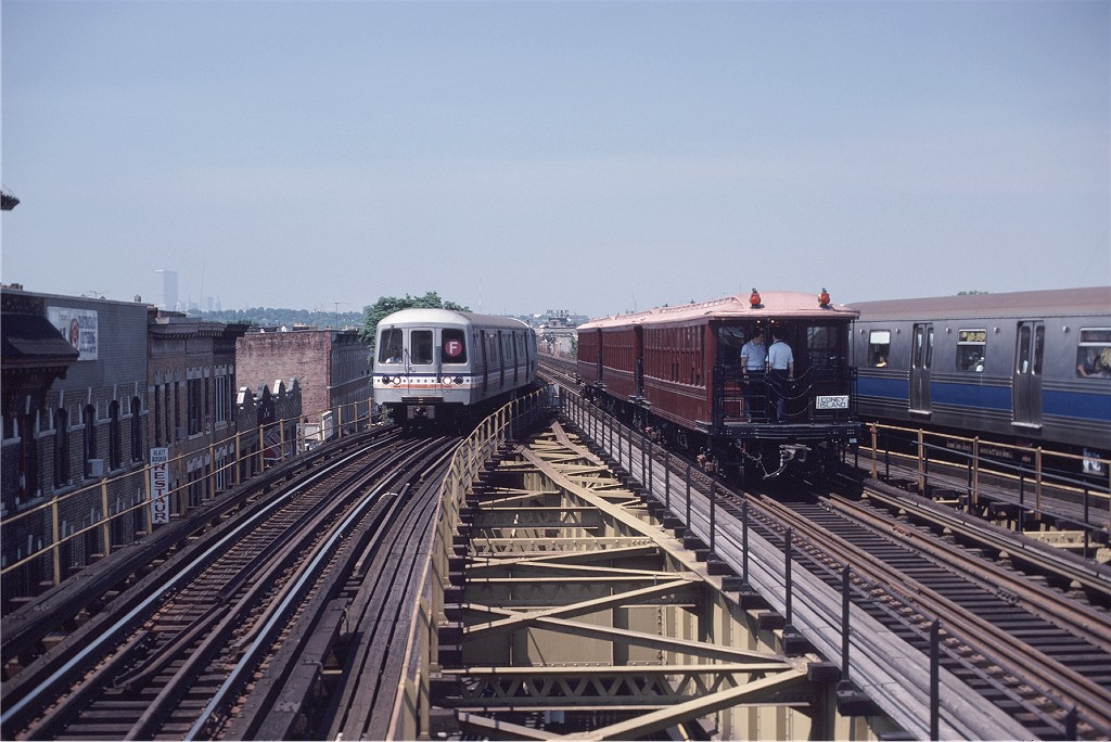 (197k, 1024x684)<br><b>Country:</b> United States<br><b>City:</b> New York<br><b>System:</b> New York City Transit<br><b>Line:</b> BMT Culver Line<br><b>Location:</b> 18th Avenue <br><b>Route:</b> Fan Trip<br><b>Car:</b> BMT Elevated Gate Car 1404-1273-1407 <br><b>Photo by:</b> Steve Zabel<br><b>Collection of:</b> Joe Testagrose<br><b>Date:</b> 7/4/1980<br><b>Viewed (this week/total):</b> 2 / 445