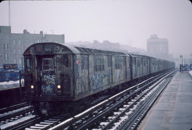 (65k, 800x543)<br><b>Country:</b> United States<br><b>City:</b> New York<br><b>System:</b> New York City Transit<br><b>Line:</b> IRT West Side Line<br><b>Location:</b> 207th Street <br><b>Route:</b> 1<br><b>Car:</b> R-21 (St. Louis, 1956-57) 7197 <br><b>Photo by:</b> Robert Callahan<br><b>Date:</b> 1/19/1985<br><b>Viewed (this week/total):</b> 3 / 449