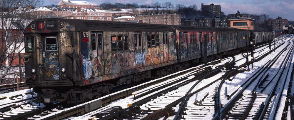 (73k, 1000x408)<br><b>Country:</b> United States<br><b>City:</b> New York<br><b>System:</b> New York City Transit<br><b>Line:</b> IRT West Side Line<br><b>Location:</b> 238th Street <br><b>Route:</b> 1<br><b>Car:</b> R-21 (St. Louis, 1956-57) 7276 <br><b>Photo by:</b> Robert Callahan<br><b>Date:</b> 1/5/1985<br><b>Viewed (this week/total):</b> 3 / 946