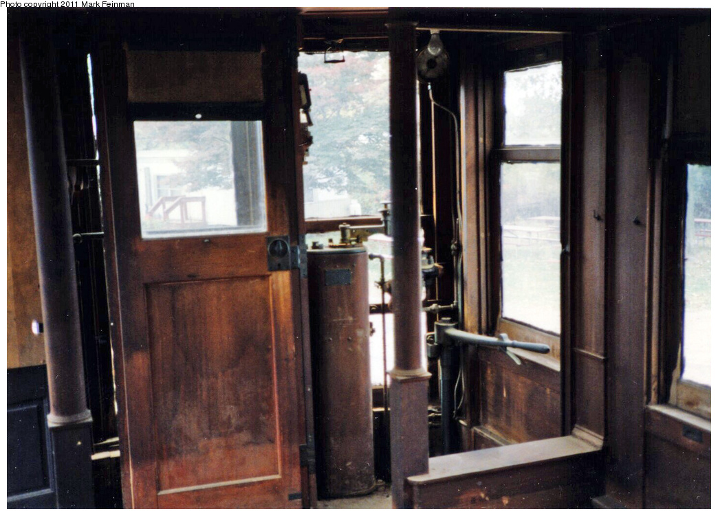 (329k, 1044x751)<br><b>Country:</b> United States<br><b>City:</b> East Haven/Branford, Ct.<br><b>System:</b> Shore Line Trolley Museum <br><b>Car:</b> Hi-V 3344 <i>Mineola</i> <br><b>Photo by:</b> Mark S. Feinman<br><b>Date:</b> 10/8/1994<br><b>Viewed (this week/total):</b> 1 / 421