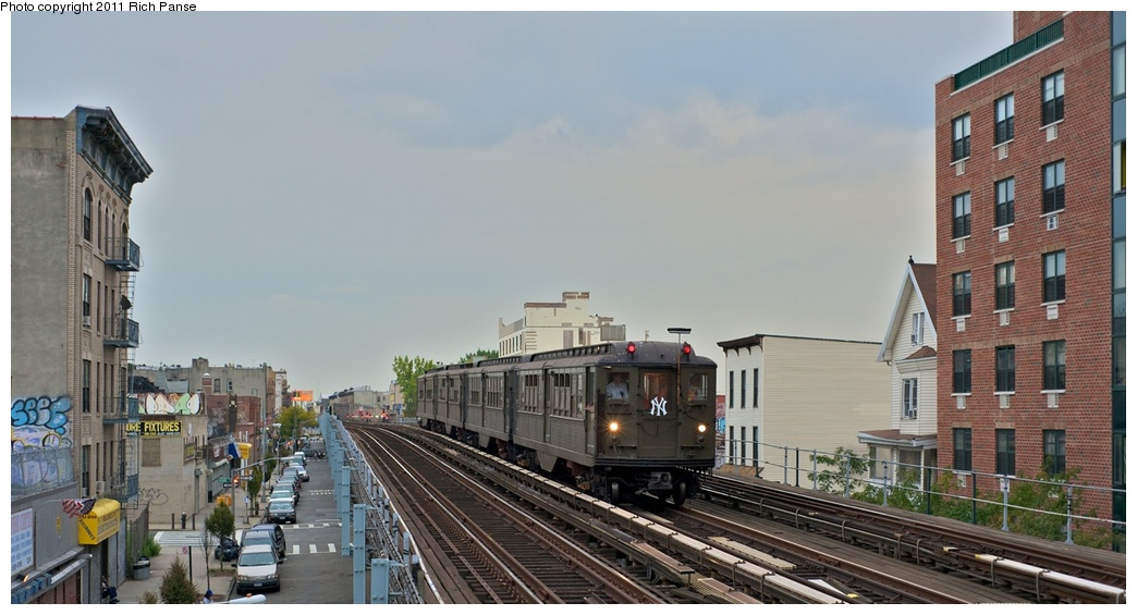 (207k, 1044x565)<br><b>Country:</b> United States<br><b>City:</b> New York<br><b>System:</b> New York City Transit<br><b>Line:</b> IRT White Plains Road Line<br><b>Location:</b> Freeman Street <br><b>Route:</b> Fan Trip<br><b>Car:</b> Low-V (Museum Train) 5443 <br><b>Photo by:</b> Richard Panse<br><b>Date:</b> 9/25/2011<br><b>Notes:</b> Boardwalk Empire promotional service.<br><b>Viewed (this week/total):</b> 7 / 470