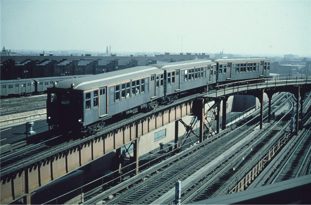 (196k, 1024x676)<br><b>Country:</b> United States<br><b>City:</b> New York<br><b>System:</b> New York City Transit<br><b>Line:</b> BMT Nassau Street/Jamaica Line<br><b>Location:</b> Broadway/East New York (Broadway Junction) <br><b>Route:</b> Fan Trip<br><b>Car:</b> BMT Q 1622 <br><b>Photo by:</b> Gerald H. Landau<br><b>Collection of:</b> Joe Testagrose<br><b>Date:</b> 2/22/1968<br><b>Viewed (this week/total):</b> 0 / 344