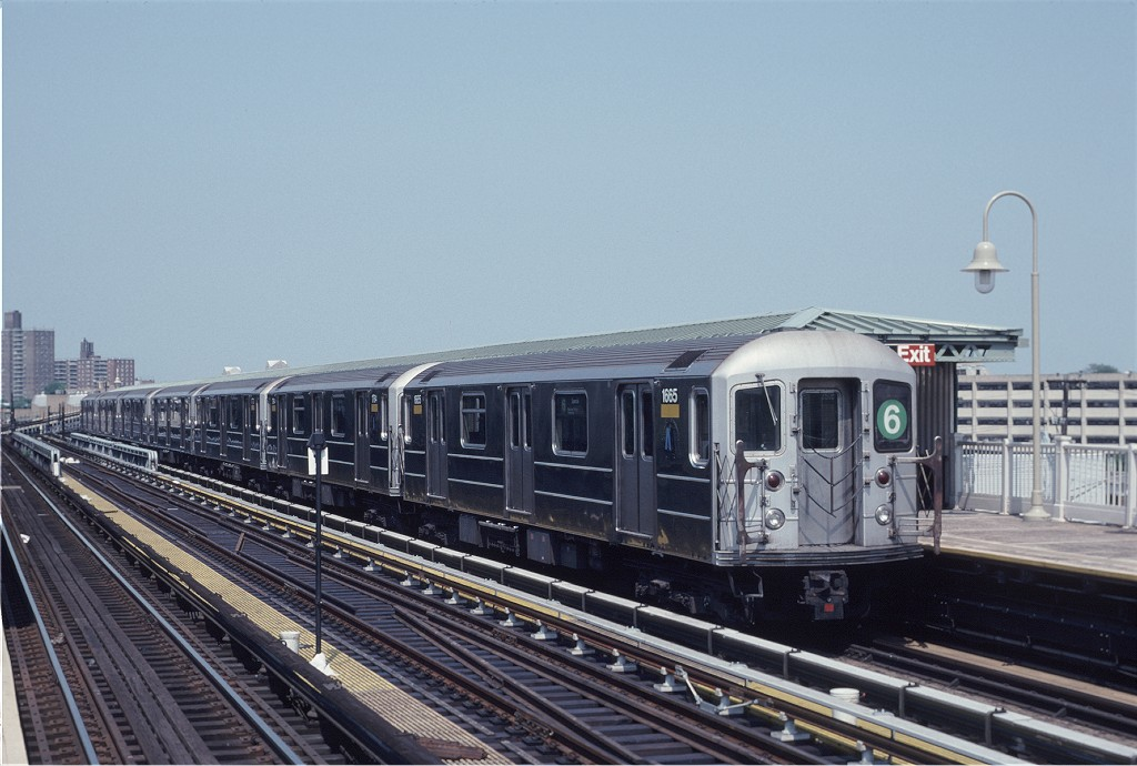(176k, 1024x690)<br><b>Country:</b> United States<br><b>City:</b> New York<br><b>System:</b> New York City Transit<br><b>Line:</b> IRT Pelham Line<br><b>Location:</b> Westchester Square <br><b>Route:</b> 6<br><b>Car:</b> R-62A (Bombardier, 1984-1987)  1665 <br><b>Photo by:</b> Eric Oszustowicz<br><b>Collection of:</b> Joe Testagrose<br><b>Date:</b> 6/8/1996<br><b>Viewed (this week/total):</b> 0 / 622