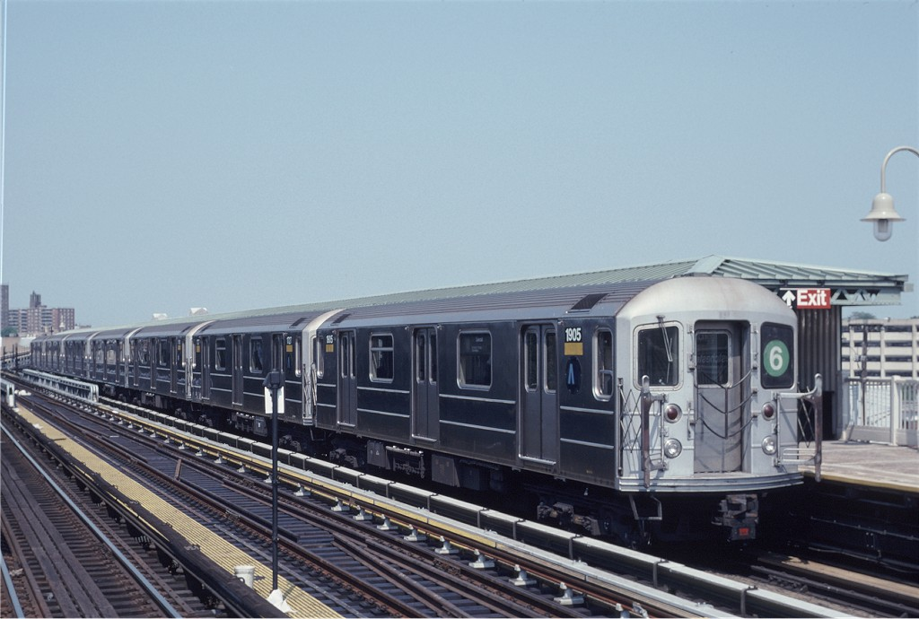 (159k, 1024x690)<br><b>Country:</b> United States<br><b>City:</b> New York<br><b>System:</b> New York City Transit<br><b>Line:</b> IRT Pelham Line<br><b>Location:</b> Westchester Square <br><b>Route:</b> 6<br><b>Car:</b> R-62A (Bombardier, 1984-1987)  1905 <br><b>Photo by:</b> Eric Oszustowicz<br><b>Collection of:</b> Joe Testagrose<br><b>Date:</b> 6/8/1996<br><b>Viewed (this week/total):</b> 4 / 1235