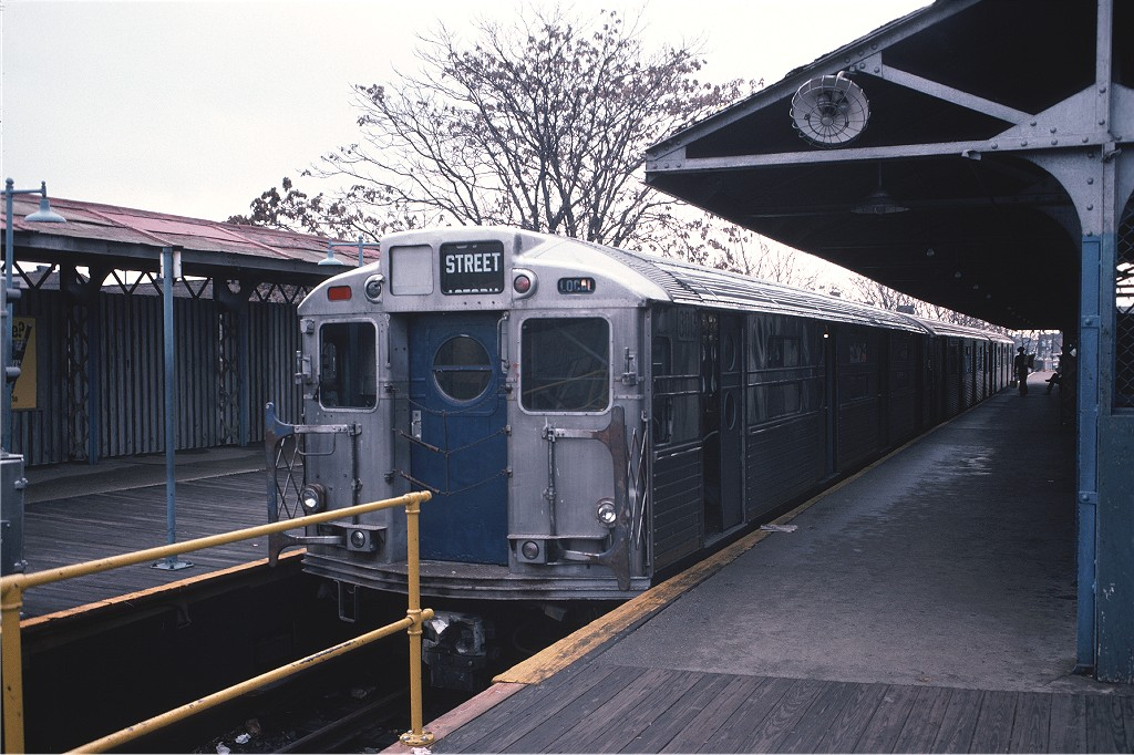 (209k, 1024x682)<br><b>Country:</b> United States<br><b>City:</b> New York<br><b>System:</b> New York City Transit<br><b>Line:</b> BMT Franklin<br><b>Location:</b> Franklin Avenue <br><b>Route:</b> Franklin Shuttle<br><b>Car:</b> R-11 (Budd, 1949) 8013 <br><b>Photo by:</b> Doug Grotjahn<br><b>Collection of:</b> Joe Testagrose<br><b>Date:</b> 11/8/1975<br><b>Viewed (this week/total):</b> 2 / 1489