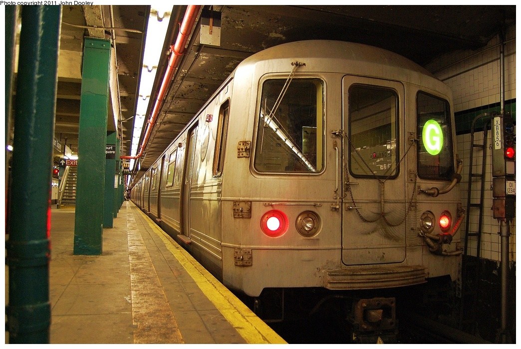 (380k, 1044x701)<br><b>Country:</b> United States<br><b>City:</b> New York<br><b>System:</b> New York City Transit<br><b>Line:</b> IND Crosstown Line<br><b>Location:</b> Court Square <br><b>Route:</b> G<br><b>Car:</b> R-46 (Pullman-Standard, 1974-75) 5760 <br><b>Photo by:</b> John Dooley<br><b>Date:</b> 6/27/2011<br><b>Viewed (this week/total):</b> 0 / 680