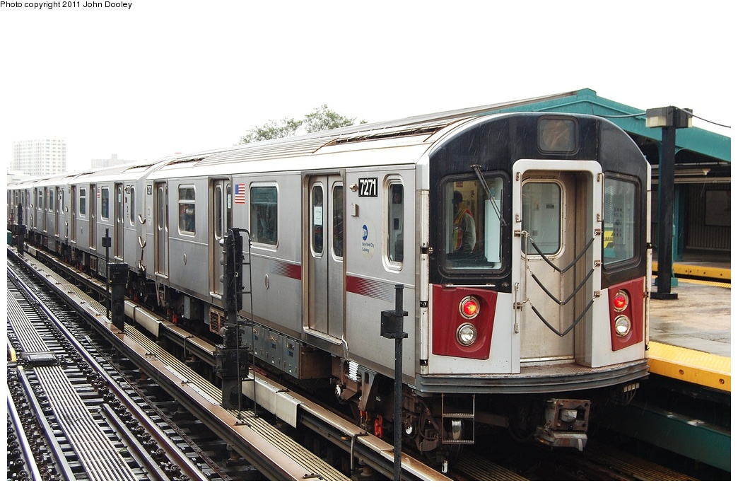 (319k, 1044x690)<br><b>Country:</b> United States<br><b>City:</b> New York<br><b>System:</b> New York City Transit<br><b>Line:</b> IRT Flushing Line<br><b>Location:</b> Willets Point/Mets (fmr. Shea Stadium) <br><b>Route:</b> Testing<br><b>Car:</b> R-188 (R-142A Conversion, Kawasaki, 1999-2002) 7271 <br><b>Photo by:</b> John Dooley<br><b>Date:</b> 9/20/2011<br><b>Viewed (this week/total):</b> 10 / 935