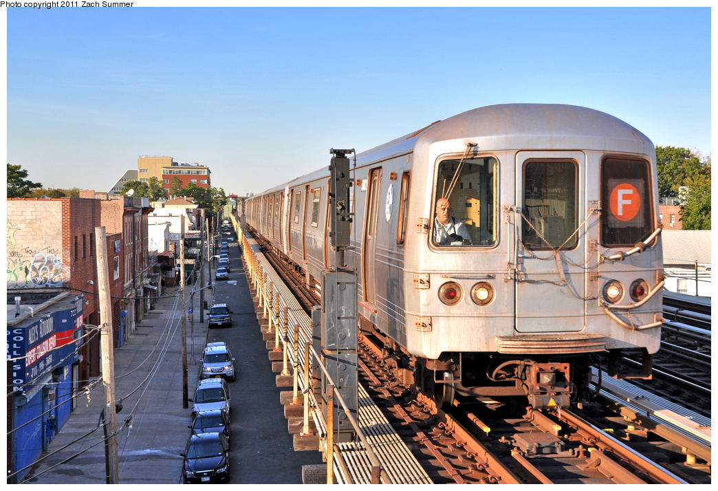 (437k, 1044x714)<br><b>Country:</b> United States<br><b>City:</b> New York<br><b>System:</b> New York City Transit<br><b>Line:</b> BMT Culver Line<br><b>Location:</b> Avenue U <br><b>Route:</b> F<br><b>Car:</b> R-46 (Pullman-Standard, 1974-75) 5802 <br><b>Photo by:</b> Zach Summer<br><b>Date:</b> 10/7/2011<br><b>Viewed (this week/total):</b> 2 / 1175