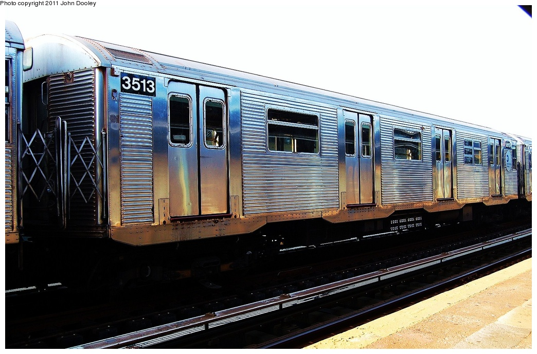 (326k, 1044x689)<br><b>Country:</b> United States<br><b>City:</b> New York<br><b>System:</b> New York City Transit<br><b>Line:</b> IND Fulton Street Line<br><b>Location:</b> 104th Street/Oxford Ave. <br><b>Route:</b> Layup<br><b>Car:</b> R-32 (Budd, 1964)  3513 <br><b>Photo by:</b> John Dooley<br><b>Date:</b> 8/20/2011<br><b>Viewed (this week/total):</b> 1 / 555