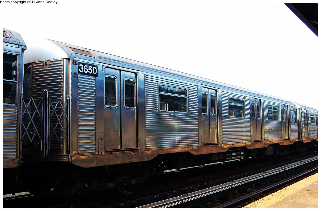 (287k, 1044x688)<br><b>Country:</b> United States<br><b>City:</b> New York<br><b>System:</b> New York City Transit<br><b>Line:</b> IND Fulton Street Line<br><b>Location:</b> 104th Street/Oxford Ave. <br><b>Route:</b> Layup<br><b>Car:</b> R-32 (Budd, 1964)  3650 <br><b>Photo by:</b> John Dooley<br><b>Date:</b> 8/20/2011<br><b>Viewed (this week/total):</b> 0 / 114