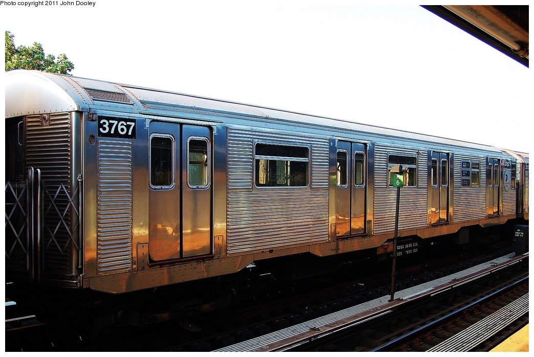 (319k, 1044x699)<br><b>Country:</b> United States<br><b>City:</b> New York<br><b>System:</b> New York City Transit<br><b>Line:</b> IND Fulton Street Line<br><b>Location:</b> 104th Street/Oxford Ave. <br><b>Route:</b> Layup<br><b>Car:</b> R-32 (Budd, 1964)  3767 <br><b>Photo by:</b> John Dooley<br><b>Date:</b> 8/20/2011<br><b>Viewed (this week/total):</b> 1 / 166