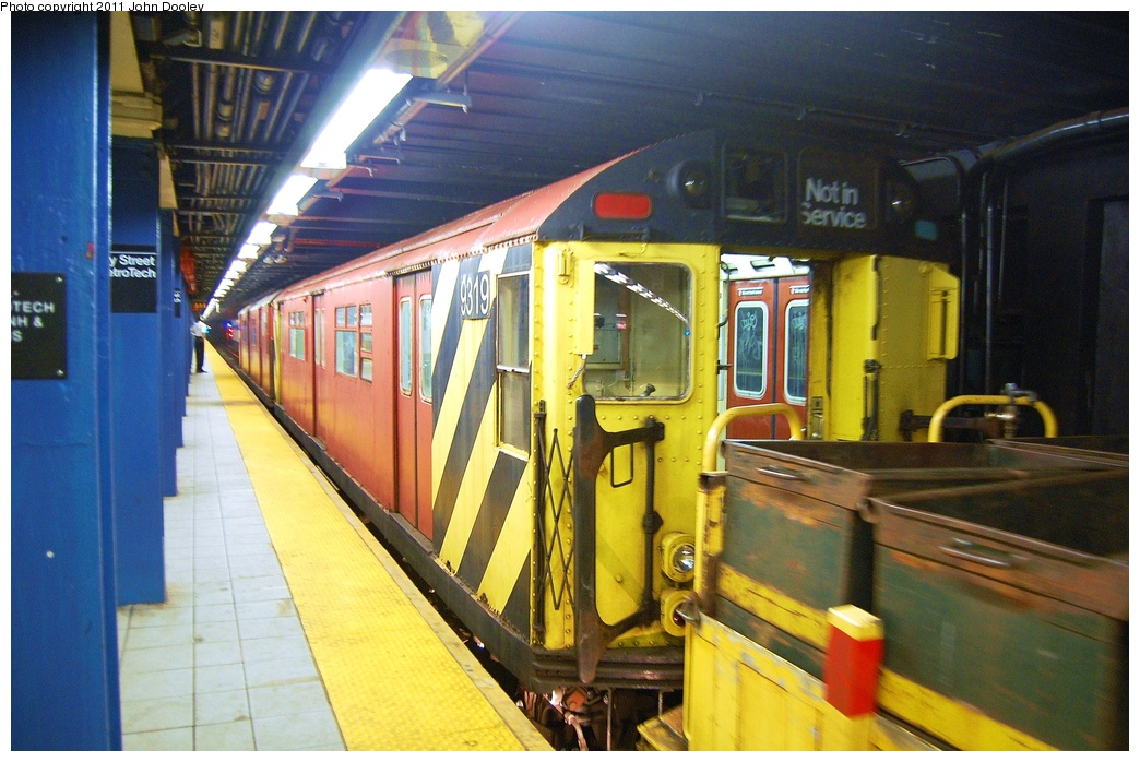 (328k, 1044x698)<br><b>Country:</b> United States<br><b>City:</b> New York<br><b>System:</b> New York City Transit<br><b>Line:</b> IND 8th Avenue Line<br><b>Location:</b> Jay St./Metrotech (Borough Hall) <br><b>Route:</b> Work Service<br><b>Car:</b> R-33 World's Fair (St. Louis, 1963-64) 9319 <br><b>Photo by:</b> John Dooley<br><b>Date:</b> 7/23/2011<br><b>Viewed (this week/total):</b> 2 / 847