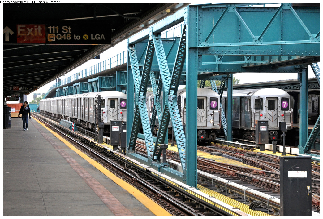 (462k, 1044x706)<br><b>Country:</b> United States<br><b>City:</b> New York<br><b>System:</b> New York City Transit<br><b>Line:</b> IRT Flushing Line<br><b>Location:</b> 111th Street <br><b>Route:</b> 7 Layups<br><b>Car:</b> R-62A (Bombardier, 1984-1987)  2132/2154 <br><b>Photo by:</b> Zach Summer<br><b>Date:</b> 10/12/2011<br><b>Notes:</b> With R62A 2122 on the Manhattan-Bound 7<br><b>Viewed (this week/total):</b> 1 / 784
