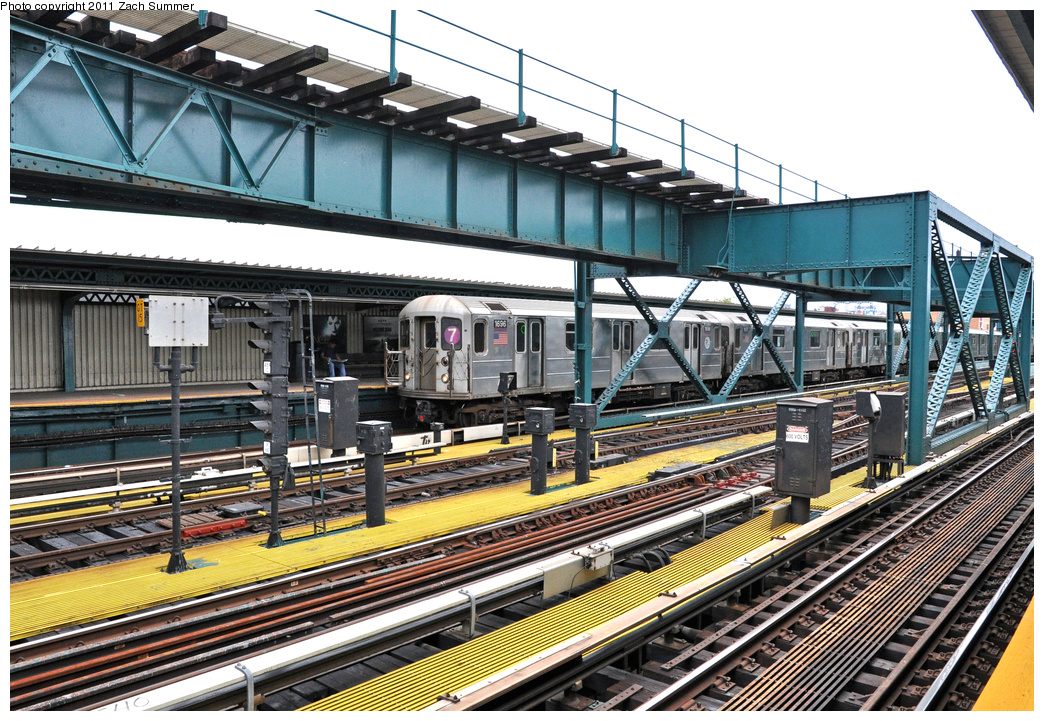 (486k, 1044x721)<br><b>Country:</b> United States<br><b>City:</b> New York<br><b>System:</b> New York City Transit<br><b>Line:</b> IRT Flushing Line<br><b>Location:</b> 111th Street <br><b>Route:</b> 7<br><b>Car:</b> R-62A (Bombardier, 1984-1987)  1696 <br><b>Photo by:</b> Zach Summer<br><b>Date:</b> 10/12/2011<br><b>Viewed (this week/total):</b> 1 / 1068