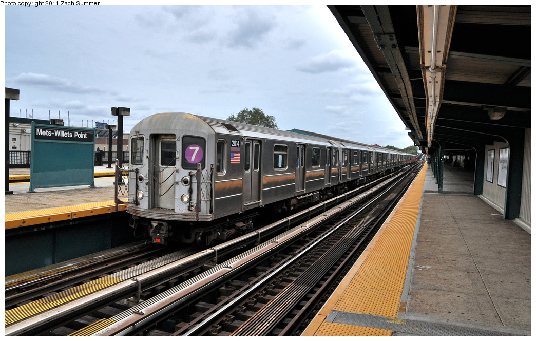 (373k, 1044x664)<br><b>Country:</b> United States<br><b>City:</b> New York<br><b>System:</b> New York City Transit<br><b>Line:</b> IRT Flushing Line<br><b>Location:</b> Willets Point/Mets (fmr. Shea Stadium) <br><b>Route:</b> 7<br><b>Car:</b> R-62A (Bombardier, 1984-1987)  2014 <br><b>Photo by:</b> Zach Summer<br><b>Date:</b> 10/12/2011<br><b>Viewed (this week/total):</b> 2 / 285