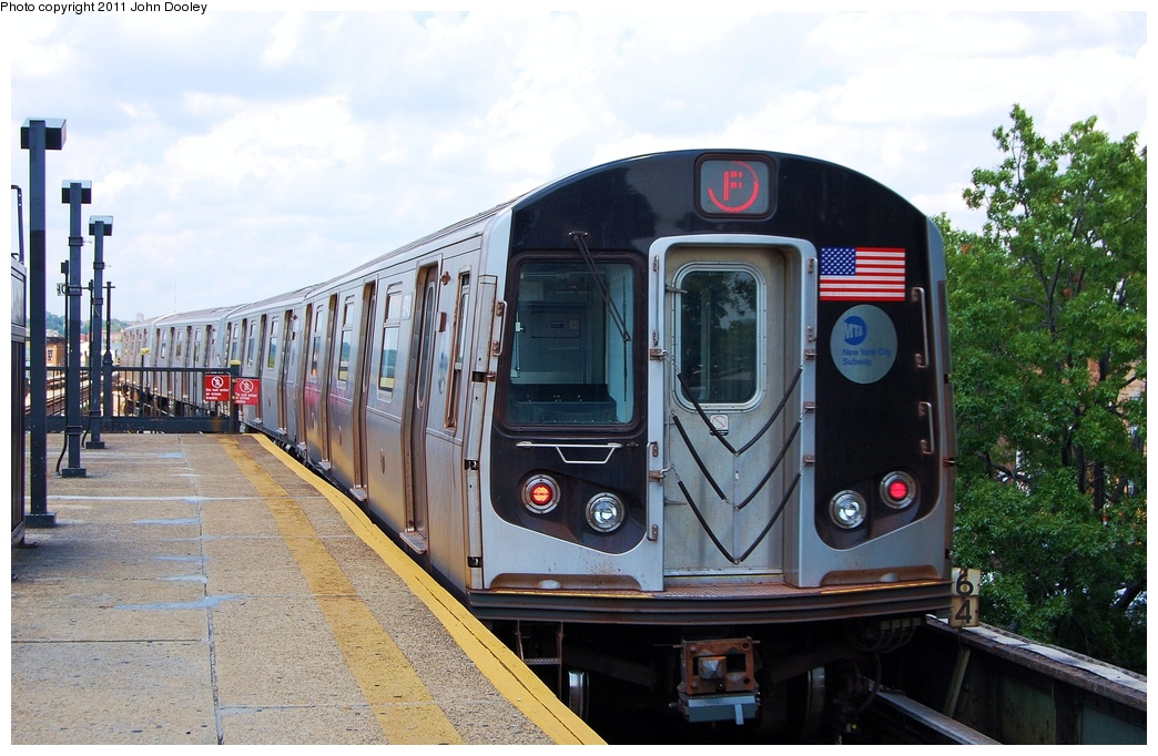 (319k, 1044x682)<br><b>Country:</b> United States<br><b>City:</b> New York<br><b>System:</b> New York City Transit<br><b>Line:</b> BMT Culver Line<br><b>Location:</b> 18th Avenue <br><b>Route:</b> F<br><b>Car:</b> R-160A (Option 2) (Alstom, 2009, 5-car sets)  9743 <br><b>Photo by:</b> John Dooley<br><b>Date:</b> 8/10/2011<br><b>Viewed (this week/total):</b> 2 / 261
