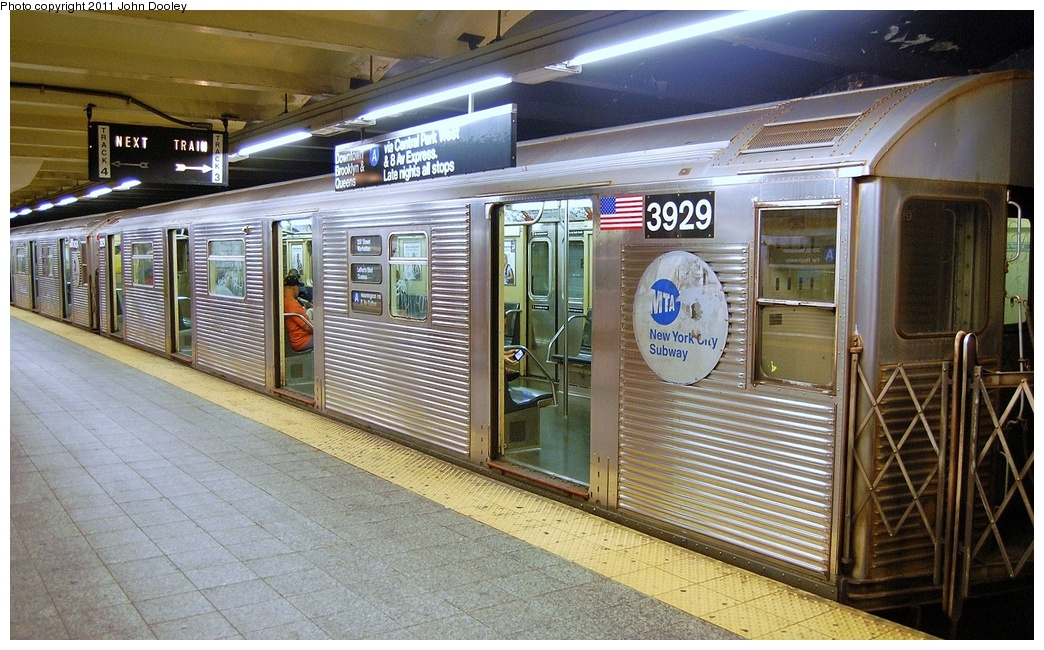 (362k, 1044x650)<br><b>Country:</b> United States<br><b>City:</b> New York<br><b>System:</b> New York City Transit<br><b>Line:</b> IND 8th Avenue Line<br><b>Location:</b> 207th Street <br><b>Route:</b> A<br><b>Car:</b> R-32 (Budd, 1964)  3929 <br><b>Photo by:</b> John Dooley<br><b>Date:</b> 8/15/2011<br><b>Viewed (this week/total):</b> 1 / 226