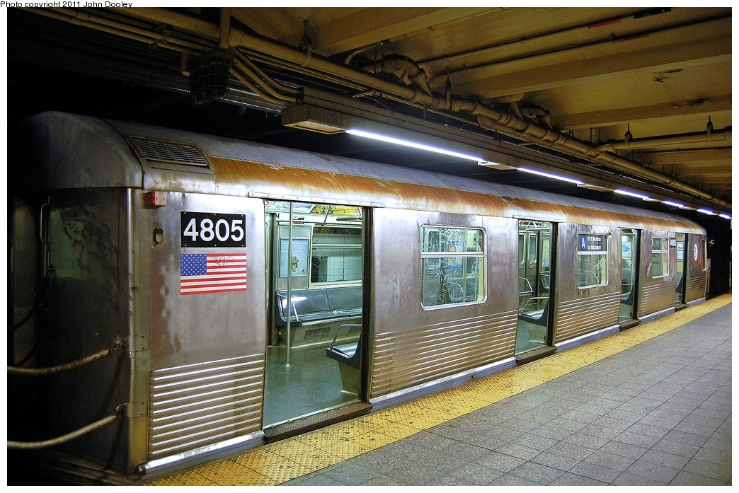 (400k, 1044x697)<br><b>Country:</b> United States<br><b>City:</b> New York<br><b>System:</b> New York City Transit<br><b>Line:</b> IND 8th Avenue Line<br><b>Location:</b> 207th Street <br><b>Route:</b> A<br><b>Car:</b> R-42 (St. Louis, 1969-1970)  4805 <br><b>Photo by:</b> John Dooley<br><b>Date:</b> 8/15/2011<br><b>Viewed (this week/total):</b> 0 / 345