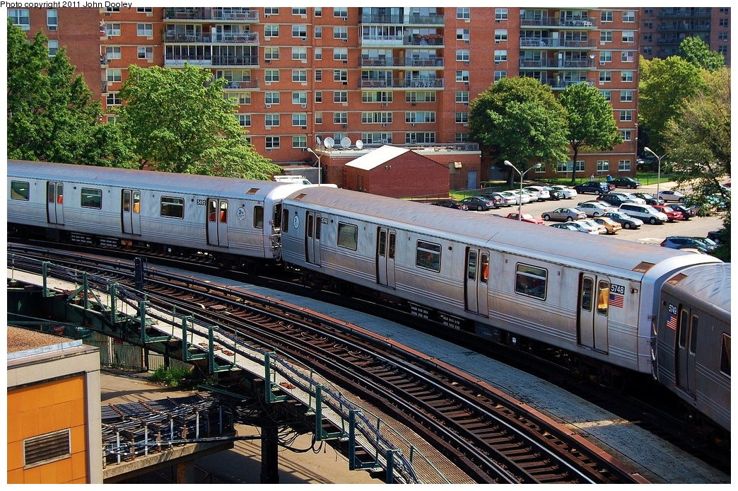 (475k, 1044x694)<br><b>Country:</b> United States<br><b>City:</b> New York<br><b>System:</b> New York City Transit<br><b>Line:</b> BMT Culver Line<br><b>Location:</b> West 8th Street <br><b>Route:</b> F<br><b>Car:</b> R-46 (Pullman-Standard, 1974-75) 5748 <br><b>Photo by:</b> John Dooley<br><b>Date:</b> 8/10/2011<br><b>Viewed (this week/total):</b> 1 / 182