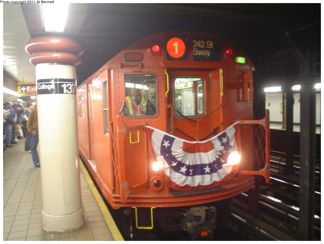 (301k, 1044x788)<br><b>Country:</b> United States<br><b>City:</b> New York<br><b>System:</b> New York City Transit<br><b>Line:</b> IRT West Side Line<br><b>Location:</b> 137th Street/City College <br><b>Route:</b> Fan Trip<br><b>Car:</b> R-33 Main Line (St. Louis, 1962-63) 9017 <br><b>Photo by:</b> Al Bennett, Jr.<br><b>Date:</b> 10/29/2004<br><b>Viewed (this week/total):</b> 1 / 1129