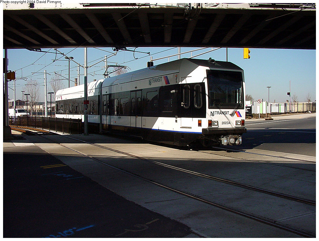 (251k, 1044x788)<br><b>Country:</b> United States<br><b>City:</b> Jersey City, NJ<br><b>System:</b> Hudson Bergen Light Rail<br><b>Location:</b> Liberty State Park <br><b>Car:</b> NJT-HBLR LRV (Kinki-Sharyo, 1998-99)  2023 <br><b>Photo by:</b> David Pirmann<br><b>Date:</b> 3/25/2000<br><b>Viewed (this week/total):</b> 0 / 1878