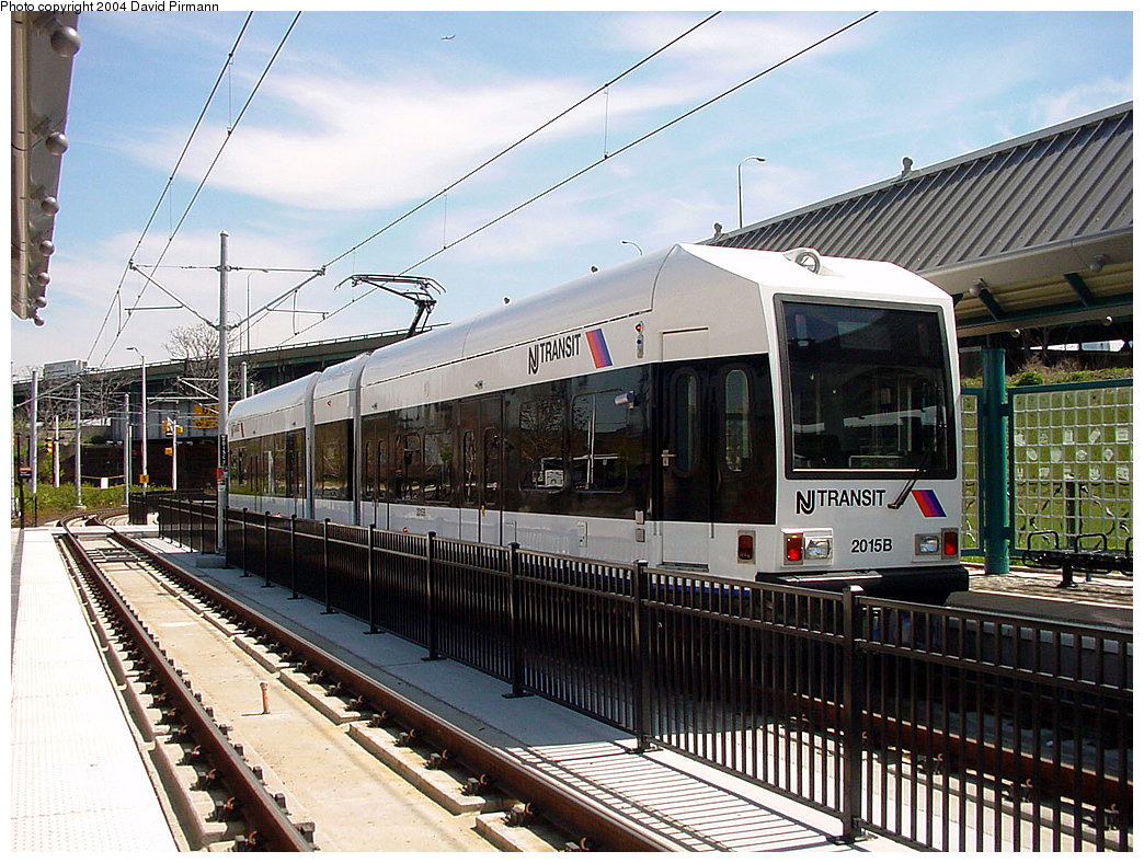 (293k, 1044x788)<br><b>Country:</b> United States<br><b>City:</b> Jersey City, NJ<br><b>System:</b> Hudson Bergen Light Rail<br><b>Location:</b> Liberty State Park <br><b>Car:</b> NJT-HBLR LRV (Kinki-Sharyo, 1998-99)  2015 <br><b>Photo by:</b> David Pirmann<br><b>Date:</b> 4/29/2000<br><b>Viewed (this week/total):</b> 1 / 2614