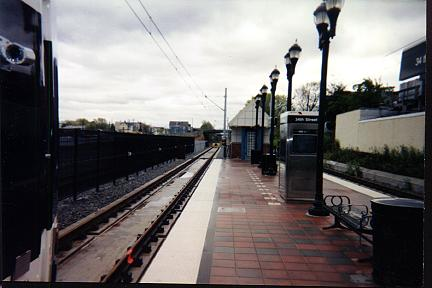 (21k, 432x288)<br><b>Country:</b> United States<br><b>City:</b> Bayonne, NJ<br><b>System:</b> Hudson Bergen Light Rail<br><b>Location:</b> East 34th Street <br><b>Photo by:</b> Jose Soltren<br><b>Date:</b> 4/23/2000<br><b>Viewed (this week/total):</b> 0 / 3048
