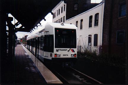 (19k, 432x288)<br><b>Country:</b> United States<br><b>City:</b> Jersey City, NJ<br><b>System:</b> Hudson Bergen Light Rail<br><b>Location:</b> West Side Avenue <br><b>Car:</b> NJT-HBLR LRV (Kinki-Sharyo, 1998-99)  2007 <br><b>Photo by:</b> Jose Soltren<br><b>Date:</b> 4/23/2000<br><b>Viewed (this week/total):</b> 1 / 2994