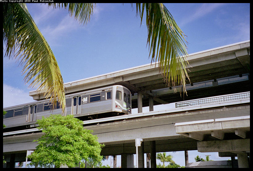 (109k, 820x553)<br><b>Country:</b> United States<br><b>City:</b> Miami, FL<br><b>System:</b> Miami Metrorail<br><b>Location:</b> Coconut Grove <br><b>Photo by:</b> Paul Polischuk<br><b>Date:</b> 8/2000<br><b>Viewed (this week/total):</b> 0 / 3949