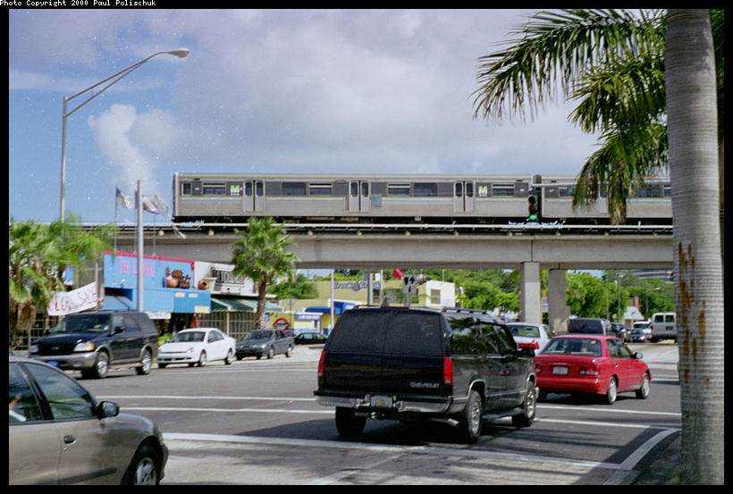 (95k, 820x553)<br><b>Country:</b> United States<br><b>City:</b> Miami, FL<br><b>System:</b> Miami Metrorail<br><b>Location:</b> University <br><b>Photo by:</b> Paul Polischuk<br><b>Date:</b> 8/2000<br><b>Viewed (this week/total):</b> 0 / 4622
