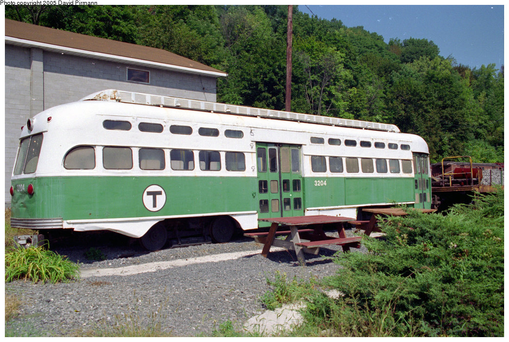 (279k, 1044x702)<br><b>Country:</b> United States<br><b>City:</b> Kingston, NY<br><b>System:</b> Trolley Museum of New York <br><b>Car:</b> MBTA/BSRy PCC Post-War All Electric (Pullman-Standard, 1946)  3204 <br><b>Photo by:</b> David Pirmann<br><b>Date:</b> 8/1996<br><b>Viewed (this week/total):</b> 1 / 4467