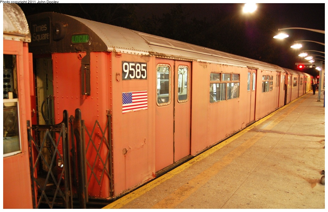 (314k, 1044x675)<br><b>Country:</b> United States<br><b>City:</b> New York<br><b>System:</b> New York City Transit<br><b>Line:</b> IRT Dyre Ave. Line<br><b>Location:</b> Dyre Avenue <br><b>Route:</b> Work Service<br><b>Car:</b> R-36 World's Fair (St. Louis, 1963-64) 9585 <br><b>Photo by:</b> John Dooley<br><b>Date:</b> 10/29/2011<br><b>Viewed (this week/total):</b> 11 / 487