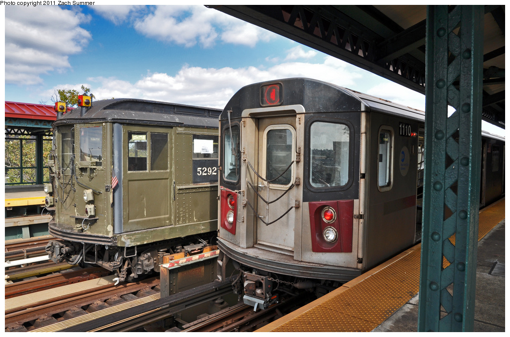 (389k, 1044x690)<br><b>Country:</b> United States<br><b>City:</b> New York<br><b>System:</b> New York City Transit<br><b>Line:</b> IRT Woodlawn Line<br><b>Location:</b> Mosholu Parkway <br><b>Route:</b> Fan Trip<br><b>Car:</b> Low-V (Museum Train) 5292 <br><b>Photo by:</b> Zach Summer<br><b>Date:</b> 10/23/2011<br><b>Notes:</b> With R142 1110 on 4<br><b>Viewed (this week/total):</b> 0 / 336