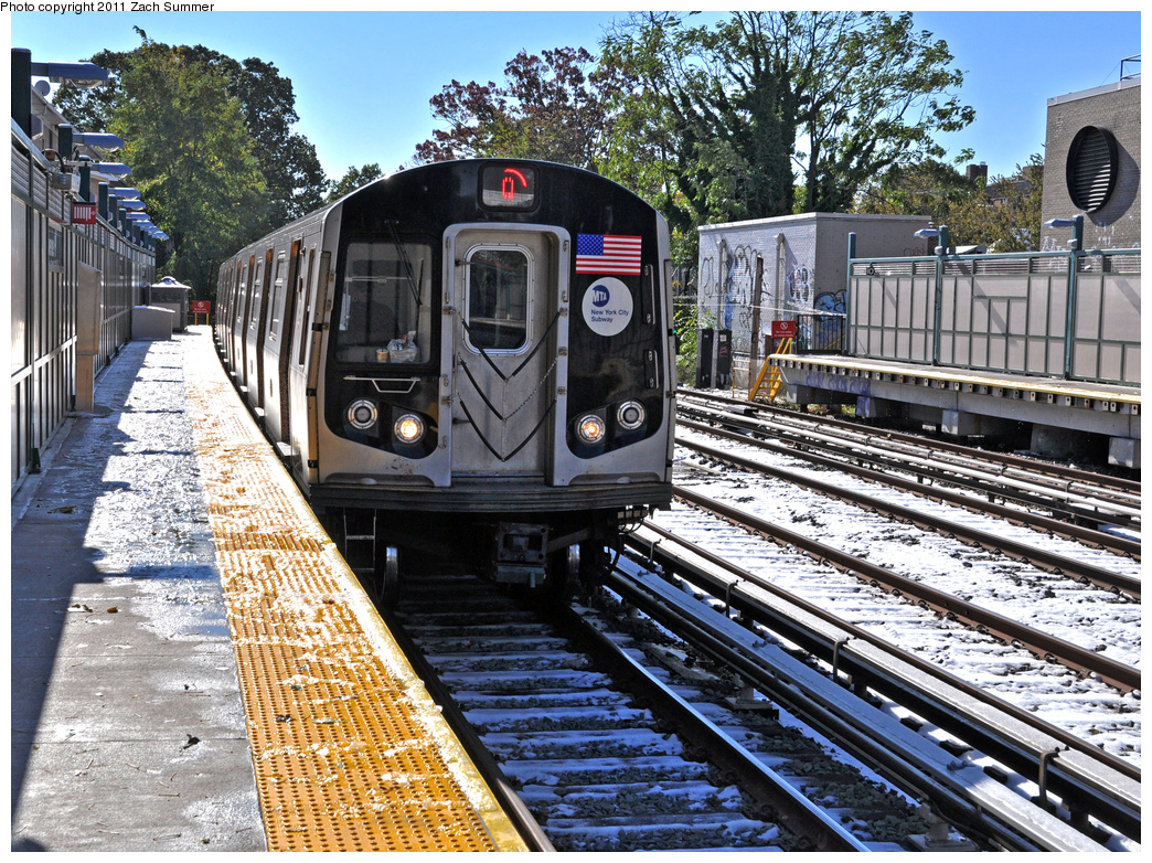 (622k, 1044x782)<br><b>Country:</b> United States<br><b>City:</b> New York<br><b>System:</b> New York City Transit<br><b>Line:</b> BMT Brighton Line<br><b>Location:</b> Avenue H <br><b>Route:</b> Q<br><b>Car:</b> R-160B (Kawasaki, 2005-2008)  8823 <br><b>Photo by:</b> Zach Summer<br><b>Date:</b> 10/30/2011<br><b>Viewed (this week/total):</b> 3 / 1271