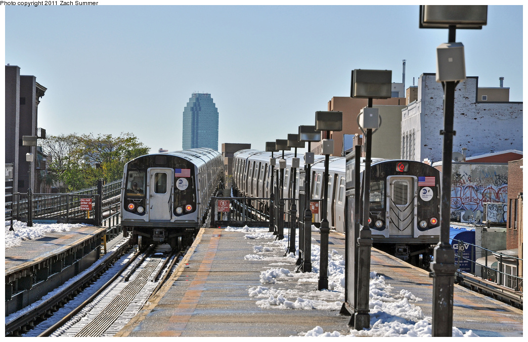 (389k, 1044x676)<br><b>Country:</b> United States<br><b>City:</b> New York<br><b>System:</b> New York City Transit<br><b>Line:</b> BMT Astoria Line<br><b>Location:</b> Astoria Boulevard/Hoyt Avenue <br><b>Route:</b> Q<br><b>Car:</b> R-160B (Option 1) (Kawasaki, 2008-2009)  9162 <br><b>Photo by:</b> Zach Summer<br><b>Date:</b> 10/30/2011<br><b>Viewed (this week/total):</b> 3 / 1731