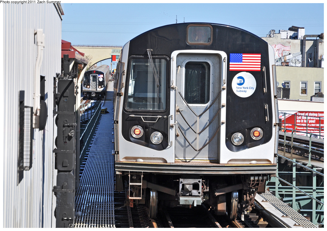 (424k, 1044x739)<br><b>Country:</b> United States<br><b>City:</b> New York<br><b>System:</b> New York City Transit<br><b>Line:</b> BMT Astoria Line<br><b>Location:</b> Astoria Boulevard/Hoyt Avenue <br><b>Route:</b> N<br><b>Car:</b> R-160A-2 (Alstom, 2005-2008, 5 car sets)  8663 <br><b>Photo by:</b> Zach Summer<br><b>Date:</b> 10/30/2011<br><b>Viewed (this week/total):</b> 3 / 1051