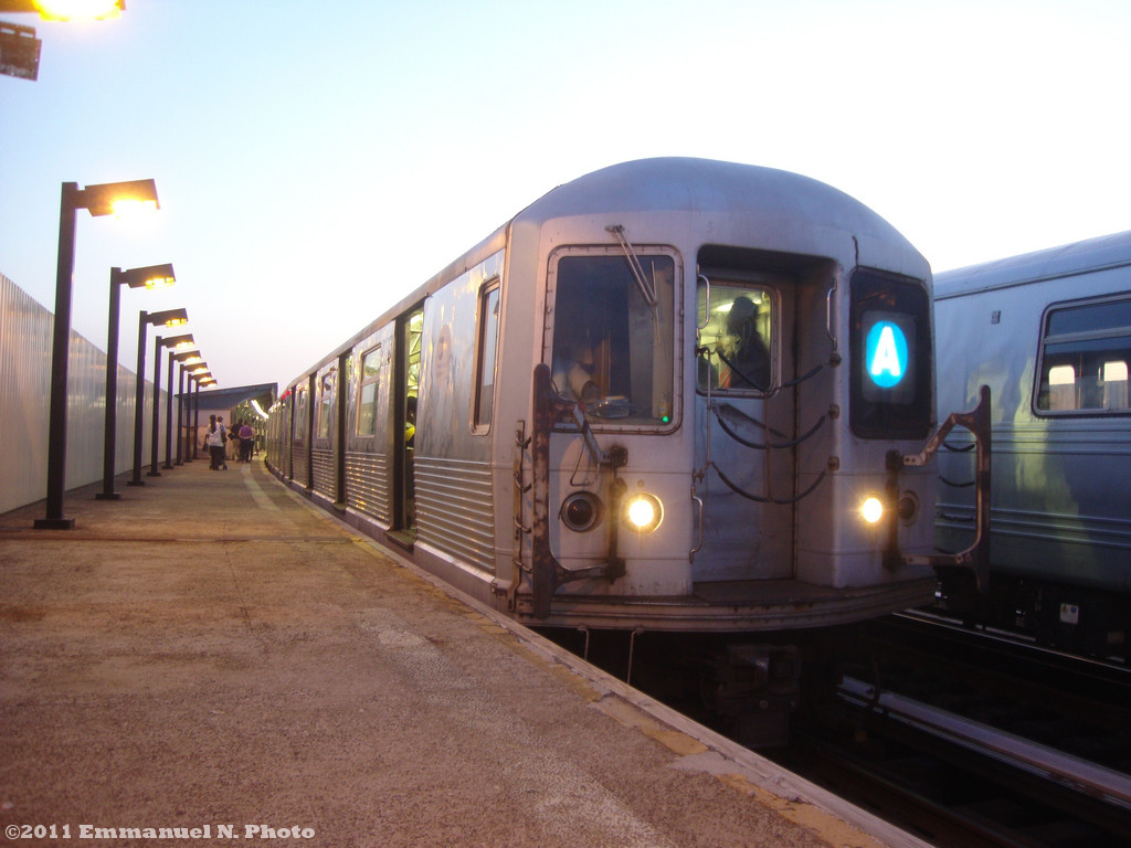(184k, 1024x768)<br><b>Country:</b> United States<br><b>City:</b> New York<br><b>System:</b> New York City Transit<br><b>Line:</b> IND Fulton Street Line<br><b>Location:</b> 104th Street/Oxford Ave. <br><b>Route:</b> A<br><b>Car:</b> R-42 (St. Louis, 1969-1970)  4805 <br><b>Photo by:</b> Emmanuel Nicolas<br><b>Viewed (this week/total):</b> 0 / 765