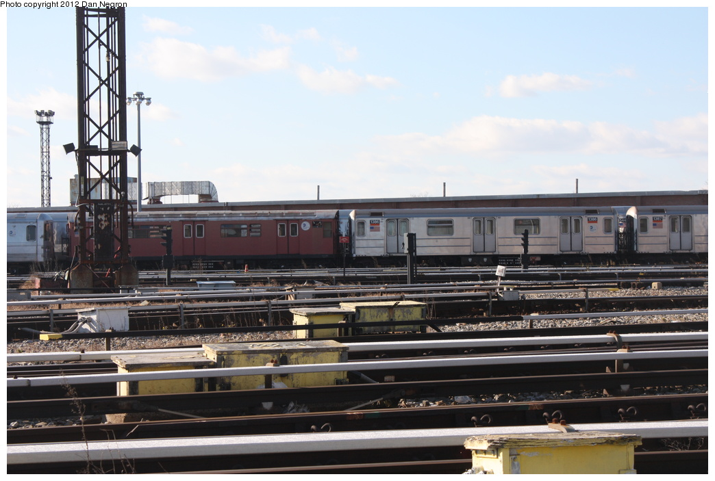 (262k, 1044x703)<br><b>Country:</b> United States<br><b>City:</b> New York<br><b>System:</b> New York City Transit<br><b>Location:</b> Coney Island Yard<br><b>Car:</b> R-62 (Kawasaki, 1983-1985)  1386 <br><b>Photo by:</b> Daniel Negron<br><b>Date:</b> 12/8/2011<br><b>Viewed (this week/total):</b> 0 / 213