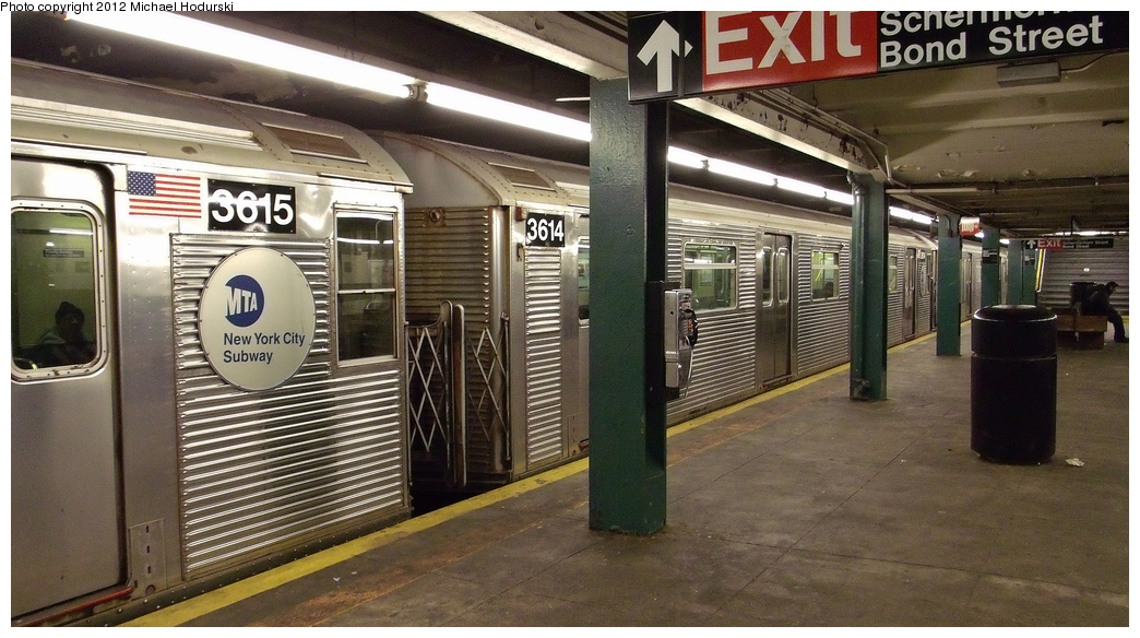 (293k, 1044x584)<br><b>Country:</b> United States<br><b>City:</b> New York<br><b>System:</b> New York City Transit<br><b>Line:</b> IND Fulton Street Line<br><b>Location:</b> Hoyt-Schermerhorn Street <br><b>Route:</b> C<br><b>Car:</b> R-32 (Budd, 1964)  3614 <br><b>Photo by:</b> Michael Hodurski<br><b>Date:</b> 1/3/2012<br><b>Viewed (this week/total):</b> 4 / 371