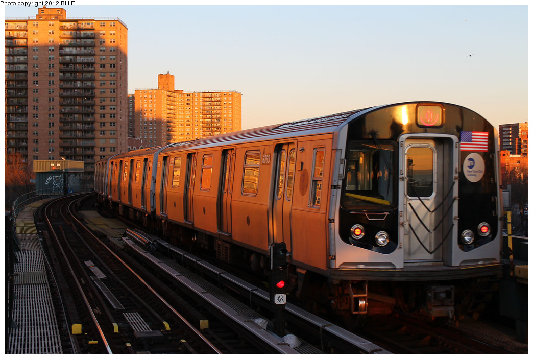 (334k, 1044x703)<br><b>Country:</b> United States<br><b>City:</b> New York<br><b>System:</b> New York City Transit<br><b>Line:</b> BMT Brighton Line<br><b>Location:</b> West 8th Street <br><b>Route:</b> Q<br><b>Car:</b> R-160B (Kawasaki, 2005-2008)  8763 <br><b>Photo by:</b> Bill E.<br><b>Date:</b> 12/24/2011<br><b>Viewed (this week/total):</b> 0 / 174