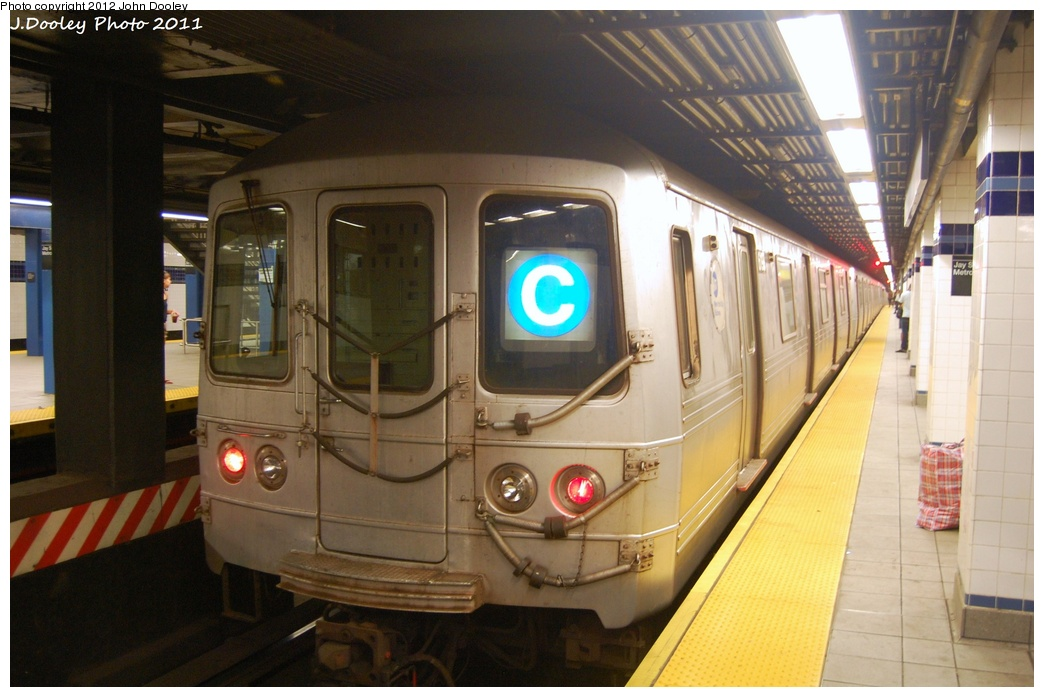 (281k, 1044x697)<br><b>Country:</b> United States<br><b>City:</b> New York<br><b>System:</b> New York City Transit<br><b>Line:</b> IND 8th Avenue Line<br><b>Location:</b> Jay St./Metrotech (Borough Hall) <br><b>Route:</b> C<br><b>Car:</b> R-46 (Pullman-Standard, 1974-75) 6190 <br><b>Photo by:</b> John Dooley<br><b>Date:</b> 7/23/2011<br><b>Viewed (this week/total):</b> 2 / 382