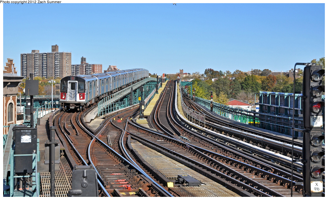 (431k, 1044x637)<br><b>Country:</b> United States<br><b>City:</b> New York<br><b>System:</b> New York City Transit<br><b>Line:</b> IRT Pelham Line<br><b>Location:</b> Westchester Square <br><b>Route:</b> 6<br><b>Car:</b> R-142A (Primary Order, Kawasaki, 1999-2002)  7346 <br><b>Photo by:</b> Zach Summer<br><b>Date:</b> 11/5/2011<br><b>Viewed (this week/total):</b> 0 / 1055